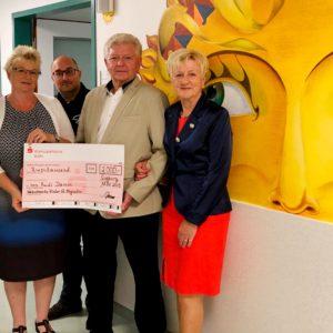 Spendenübergabe eines Mitarbeiters der Kinderklinik Sankt Augustin anlässlich seines 70. Geburtstag