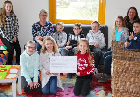Aggertalschule Donrath spendet 1.000 € an die Silberinsel