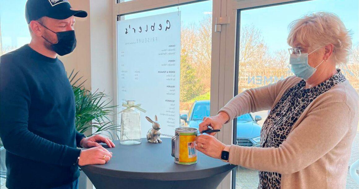 Prall gefüllte Spendendose von Gebler`s Friseure – Andreas Garweg